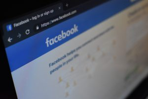 Comment pirater Facebook sans se faire détecter : mSpy l'ultime solution